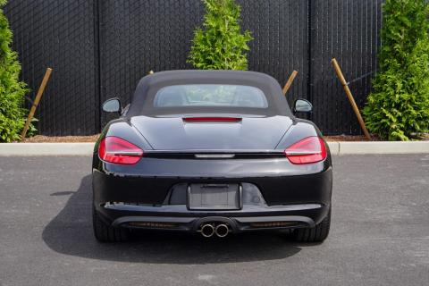 Photo of the back of a Porsche Boxster
